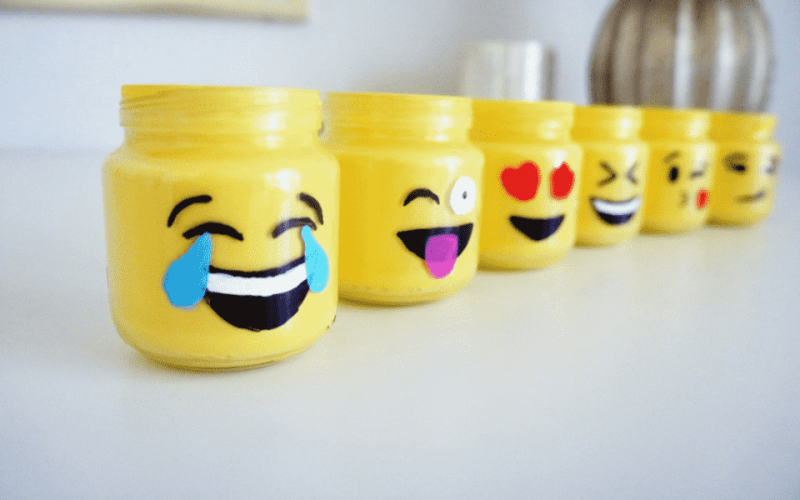 como fazer potes emoticons do Facebook